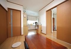 明るいキッチンと同時に 耐震工事で安心感も装備