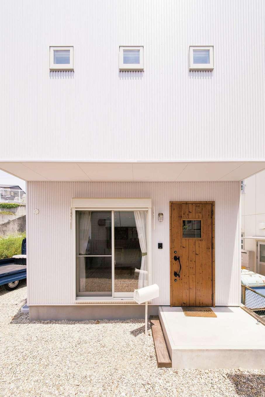 絆家  (きずなや)【1000万円台、子育て、狭小住宅】延床25坪、小さなスペースをフル活用した提案はさすが!