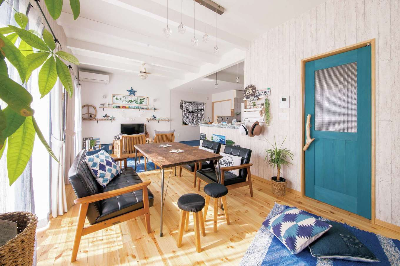 DIYを織り交ぜた、開放的な西海岸風インテリアの家