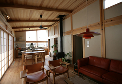 素材と共に味わいを増し、暮らしを楽しむ木の家