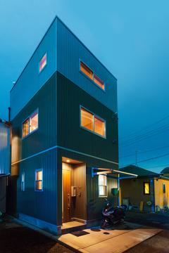 8坪の土地に5坪の家「THE 狭小住宅」