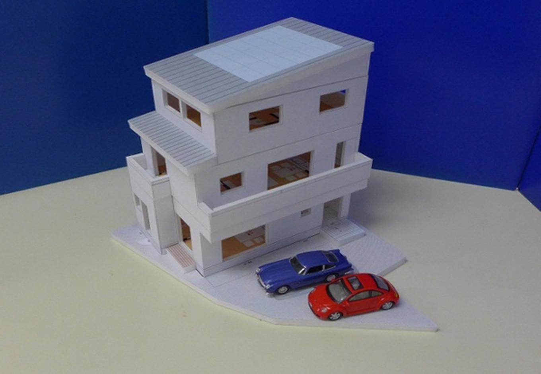 建築システム(狭小住宅専門店)【収納力、二世帯住宅、間取り】設計の段階でお施主さんに渡ししている模型。家族の夢がカタチになった
