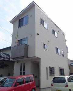 幅3.6mの極細住宅でも三世代が広々暮らす、工夫が詰まった省エネ3階建て狭小住宅