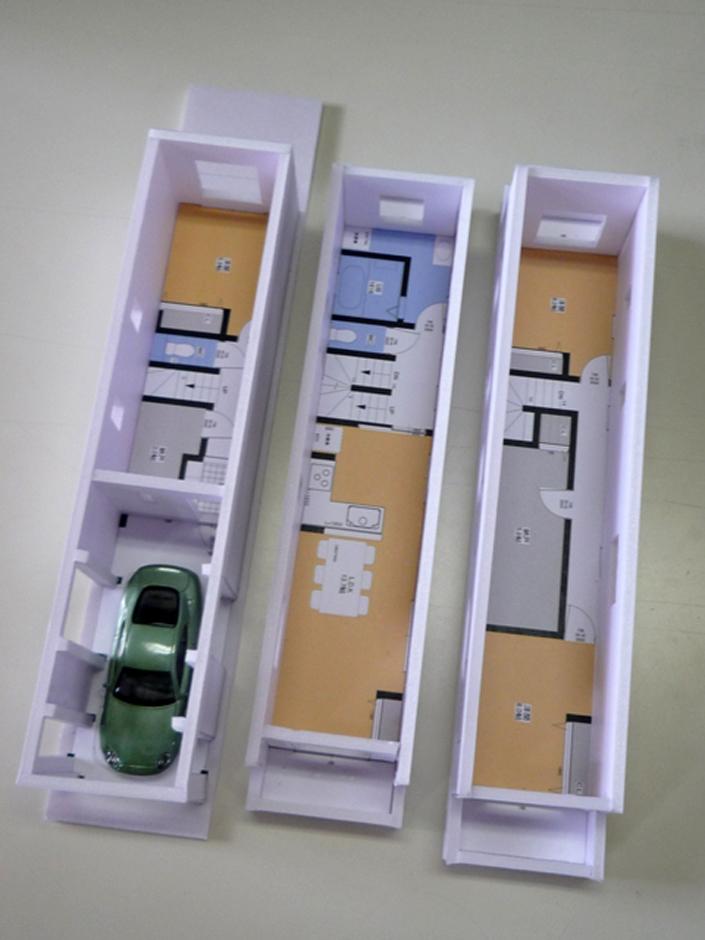 建築システム(狭小住宅専門店)【1000万円台、狭小住宅、ガレージ】模型完成!狭小の隙間職人の腕の見せどころ