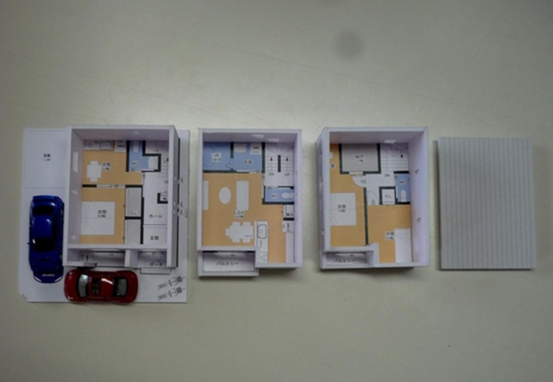 建築システム(狭小住宅専門店)【1000万円台、二世帯住宅、狭小住宅】模型完成!1階は御両親、2~3階は息子さん御家族