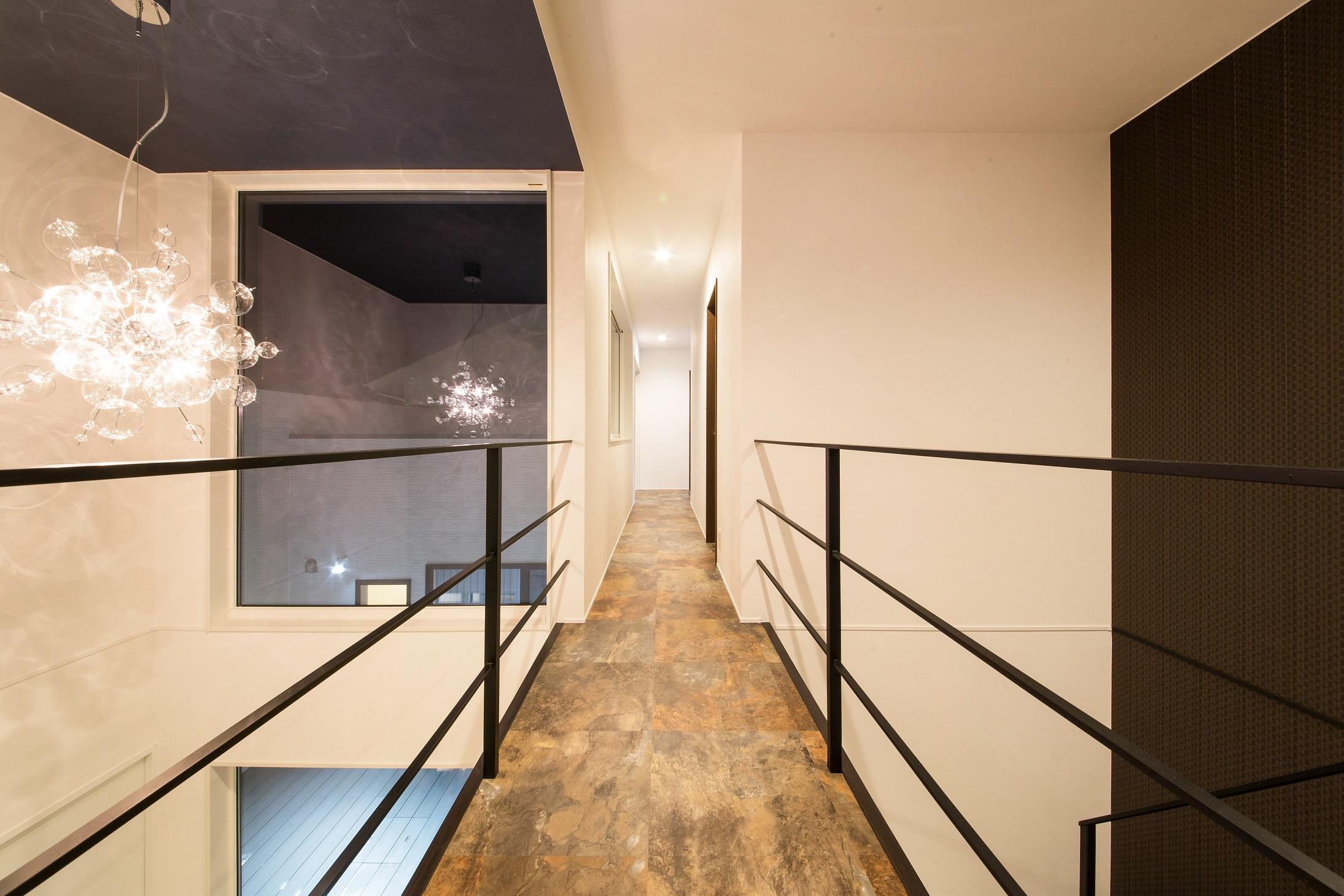 will建築工房【デザイン住宅、ペット、ガレージ】2階は家族だけのプライベート空間。暮らしやすさを重視し、浴室も2 階に設けてある