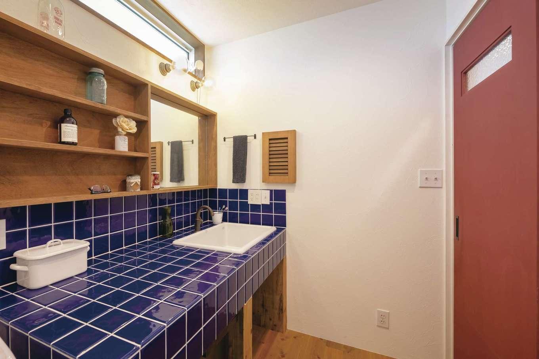 CLASSICA HOME/クラシカホーム【デザイン住宅、自然素材、インテリア】洗面所のタイル張りもお気に入り