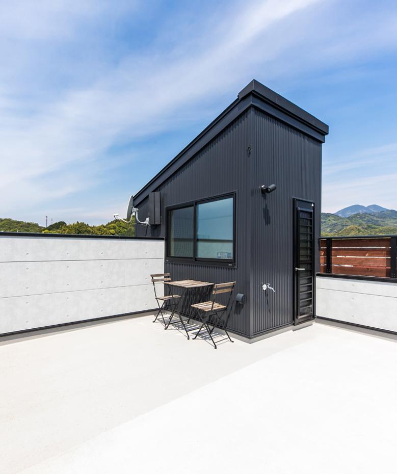 東海ハウス【1000万円台、屋上バルコニー、間取り】通常より高さのある壁で囲まれたスカイバルコニー。周囲の目を気にせず遊べるのがうれしい