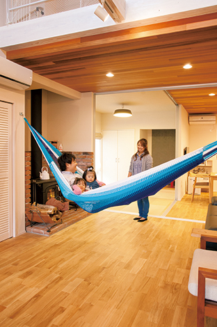 MinerBaseStudio/ミネルベーススタジオ【デザイン住宅、趣味、インテリア】ハンモックも設置OK。お子さんたちと一緒にお昼寝したり読書したり、ただボーっとしたりと…贅沢!