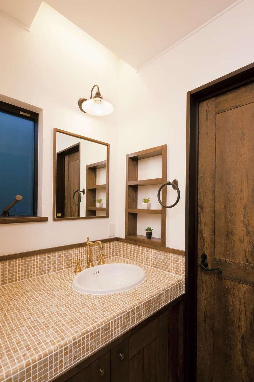 TDホーム静岡西 ウエストンホームズ【デザイン住宅、和風、趣味】モザイクタイルをあしらった造作の洗面化粧台も標準仕様なのだとか!
