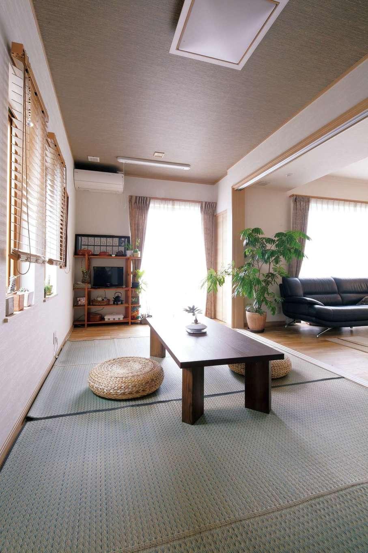 静鉄ホームズ【二世帯住宅、省エネ、間取り】和室は広縁を設け、用途を広げた。来客用の動線も用意されている