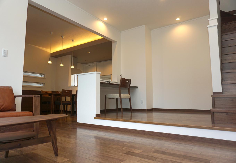 静鉄ホームズ【デザイン住宅、二世帯住宅、間取り】奥さまの作業場所として、子どもたちの勉強机として、有効活用できるスペース