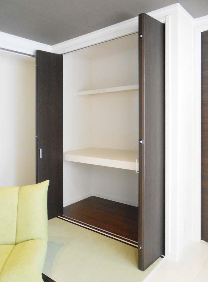静鉄ホームズ【デザイン住宅、間取り、平屋】和室そのものはコンパクトながら、収納は大容量に確保されている