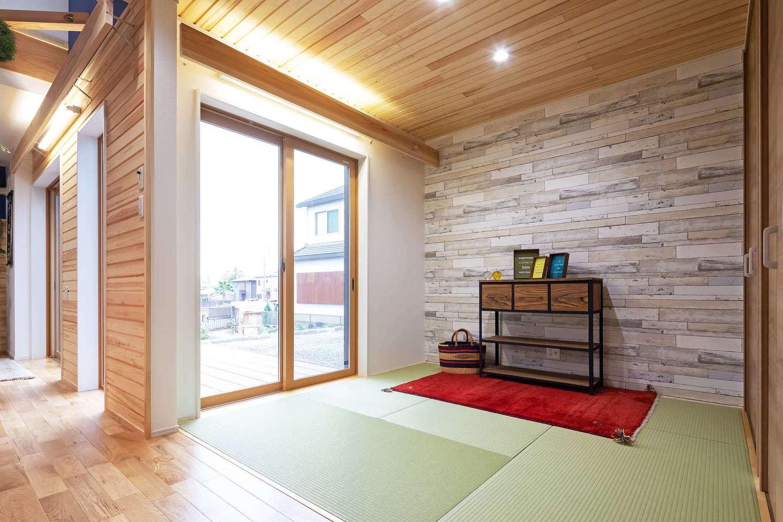 illi-to design 鳥居建設21【デザイン住宅、子育て、インテリア】リビングの一角に設けた畳スペース