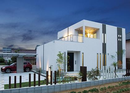すべてを施主自ら決定した理想のデザイン住宅が完成