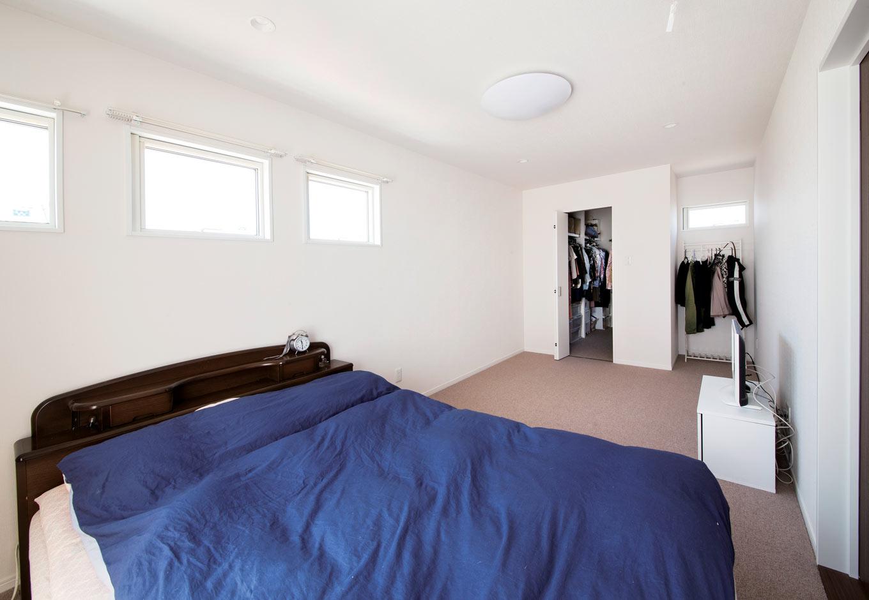 未来創建【デザイン住宅、収納力、間取り】ウォークインクローゼットを設けたメインベッドルーム