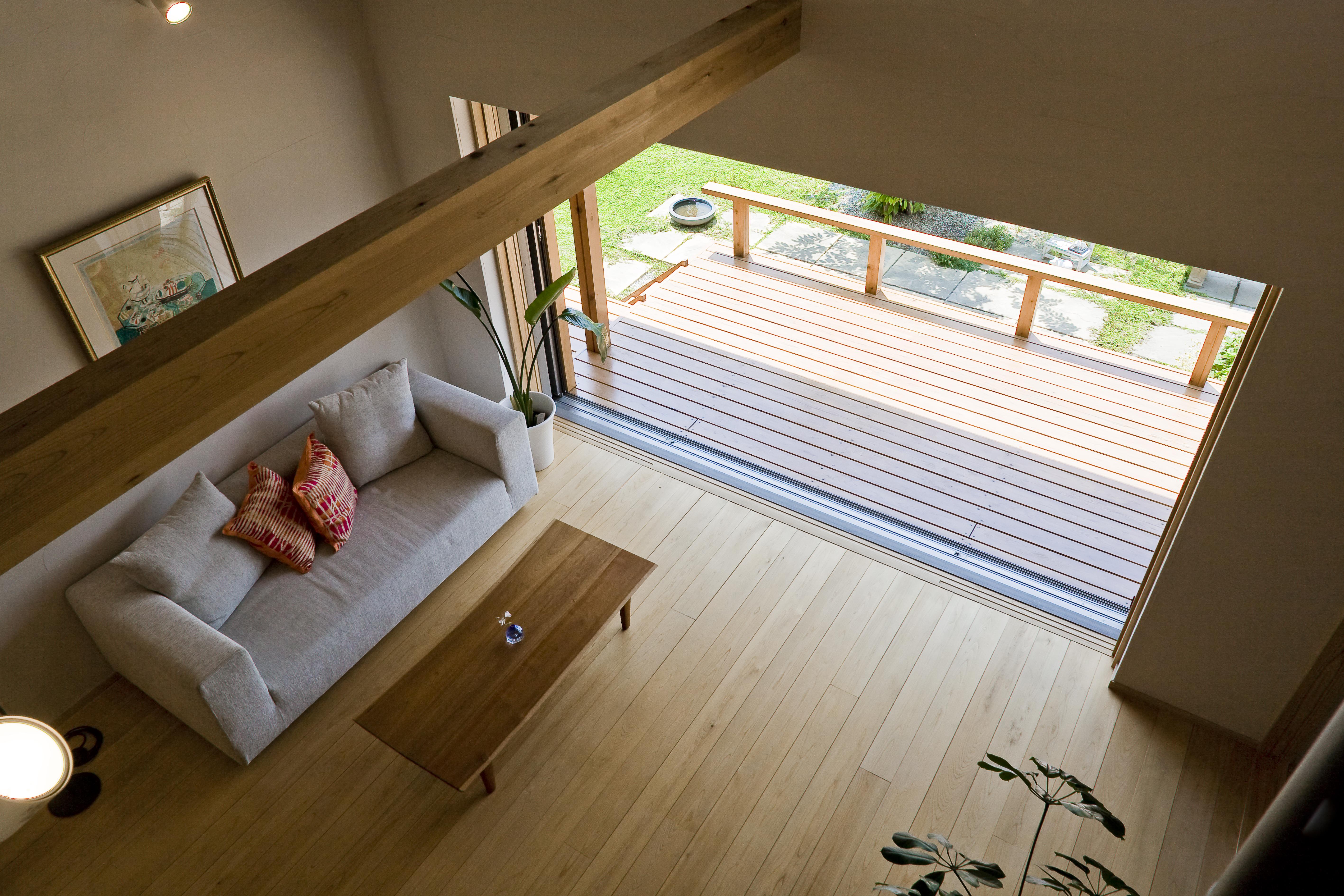 ナルセコーポレーションの家は「人と、庭と、街となかよくする家」