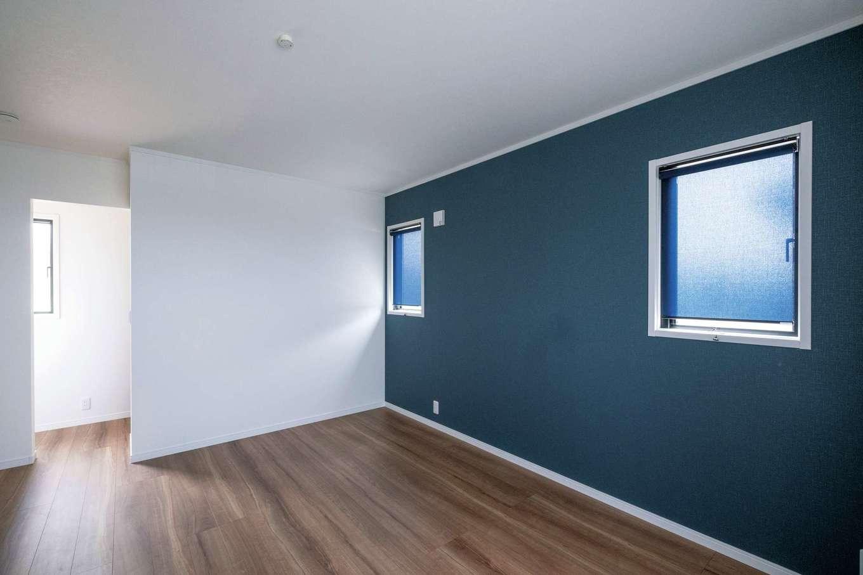 ハウテックス【子育て、二世帯住宅、間取り】寝室はSさん夫妻の好きなブルーをポイントカラーに