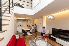 おしゃれで快適! デザイナーズ家具が映える四角い家