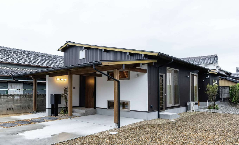 新栄住宅【和風、自然素材、間取り】台形の敷地に建てたシンプルモダンの平屋建て
