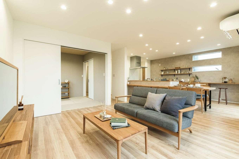 KureKen 榑林建設【デザイン住宅、省エネ、ガレージ】S邸はZEH基準を上回るHEAT20・G2グレードをクリア。優れた気密・断熱性能により、温度差の少ない室内環境を実現し、省エネ性も高い