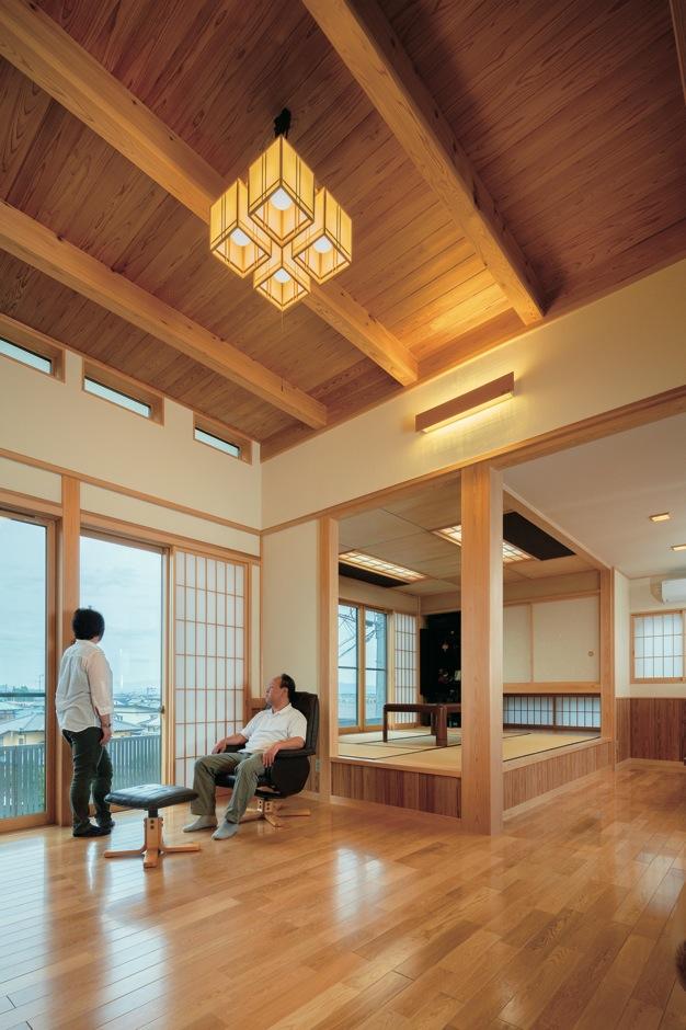 本物の素材と大工の技が生む格式ある現代の日本家屋