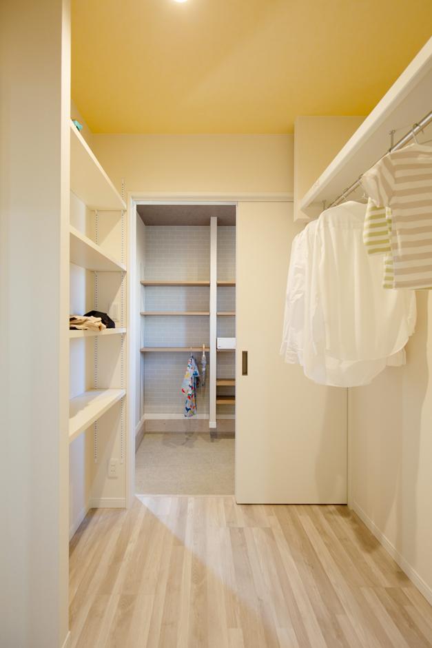 Um House(マル祐戸田建築)【IROHA-IE(イロハ イエ)】収納と室内干し付きのランドリーで家事ラクを実現。「IROHA・IE」は家事を家族みんなでシェアして、時短を叶える工夫も満載