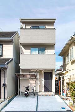 外観の見た目以上にゆったり空間を実現した3階建て