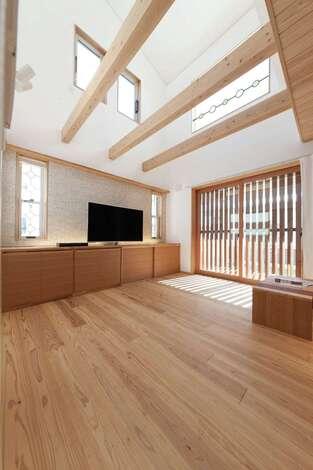 自然の光と風を上手に利用したエネルギーロスの少ない家