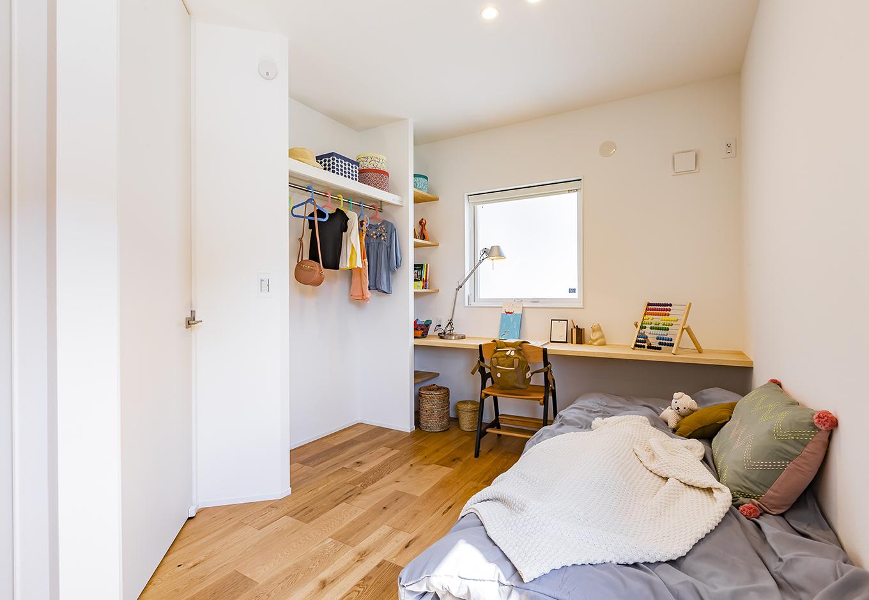 ARRCH アーチ【浜松市中区富塚町2961-11・モデルハウス】子ども部屋は将来的に壁で仕切って2部屋にできる。ひと部屋の広さは『ARRCH』が提案するコンパクトで機能的な「ゴールデン4畳半」