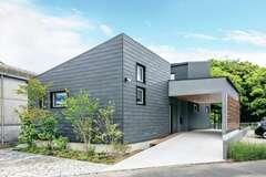 こだわりの美空間で自然と寄りそう暮らしを愉しむ家