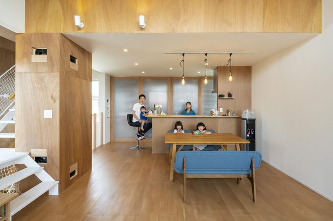 ナカゴミ建設【家庭用エアコン1台で家全体を快適に】