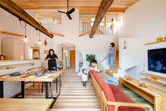 コンパクトに建てて、健やかに暮らせる低燃費な家