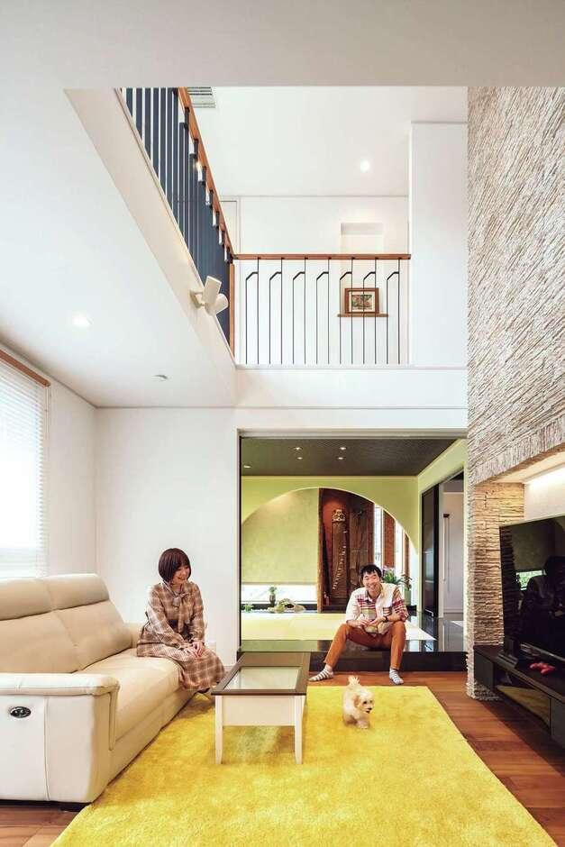 ウィザースホーム【1000万円台】家の中心は天井高5.4mの吹抜けがある開放的なリビング