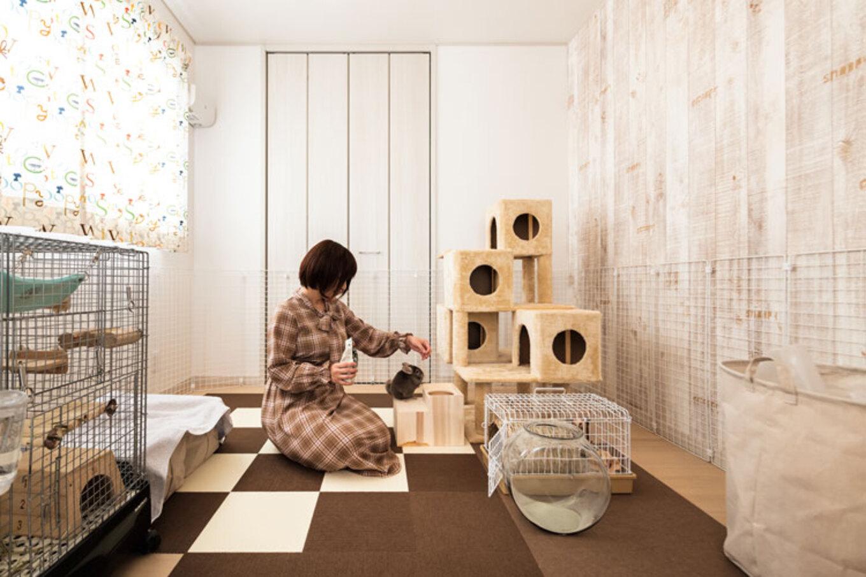 ウィザースホーム【1000万円台】ペット(チンチラ)ルームとしている洋室は2ドア1ルーム