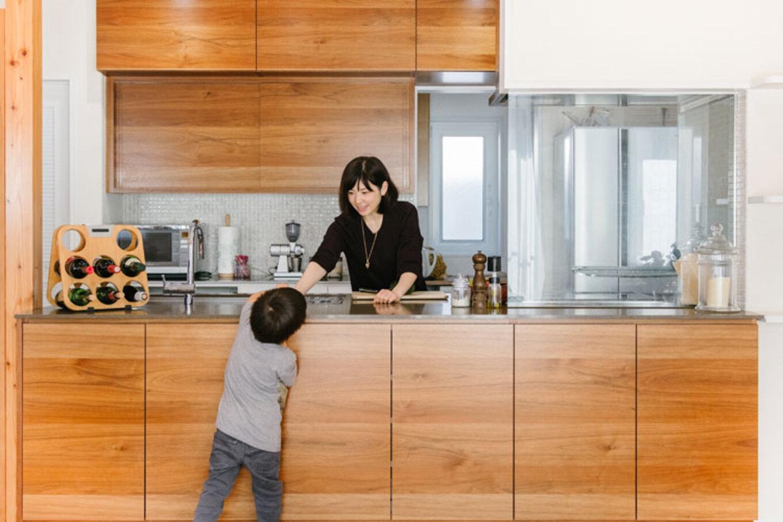 ナカゴミ建設【収納力、間取り、趣味】奥様のこだわりが詰まったフルオーダーのキッチン