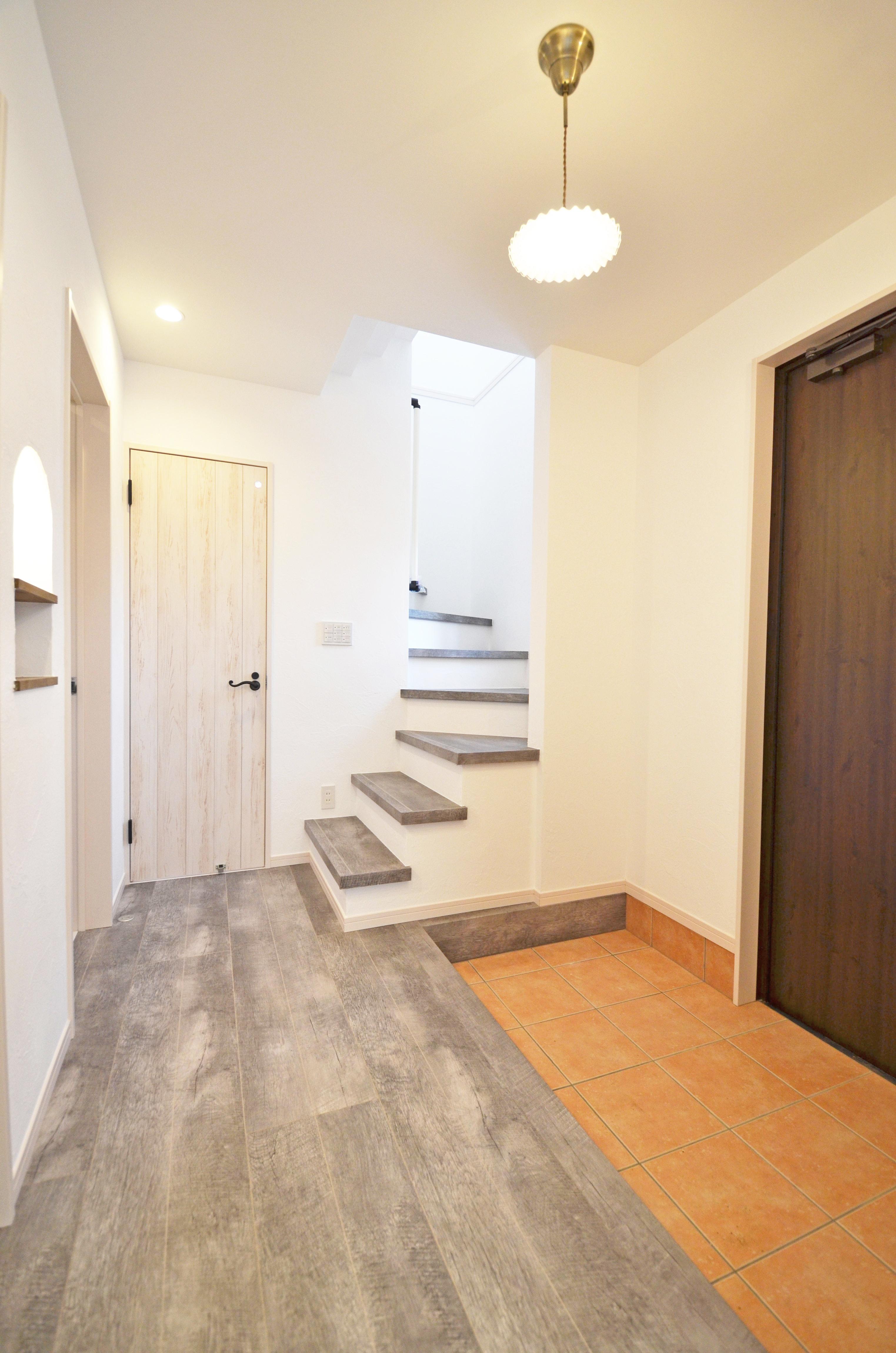 ティアラホームスタイル【1000万円台、デザイン住宅、間取り】塗り壁は口に入っても問題ない本物の自然素材。空気もおいしく身体に優しい空間に