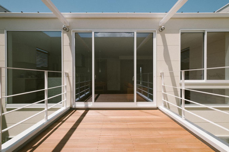 ienowa【デザイン住宅、間取り、インテリア】目線を気にすることなく、外との繋がりを