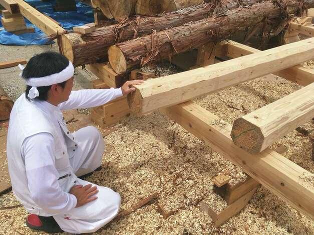 堀田建築【自ら木を伐り出し、手刻み加工し、伝統工法で組み上げる棟梁の技術と人間力が大評判】