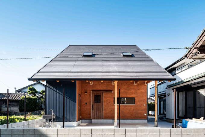 堀田建築【あらゆるデザインを形にする、伝統技法が息づく芸術品のような住まい】