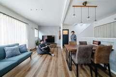 スケールメリットを生かす提案で 家も、土地も、家具もイメージ通り