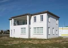 南仏の豊かな暮らしを実現 「本物」に囲まれた帰りたくなる家