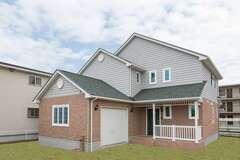 デザインと省エネを両立したカナダ輸入住宅