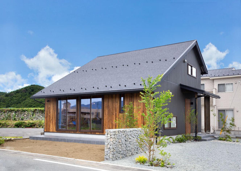 無垢材・ひのき・真壁づくり・外張り断熱を備えた1000万円台~で叶えるオール国産ひのきの家