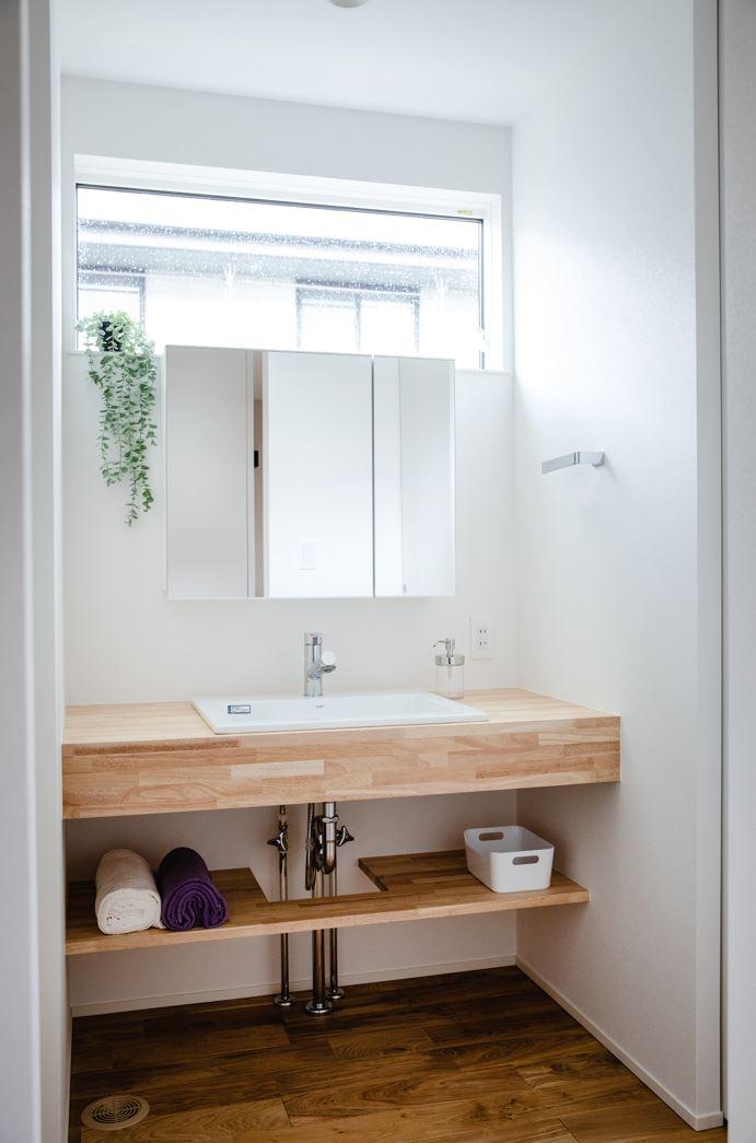 S.CONNECT(エスコネクト)【デザイン住宅、省エネ、建築家】洗面台は見せる収納でシンプルにすっきりと