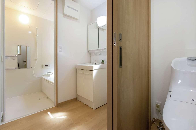 F設計【1000万円台、趣味、狭小住宅】トイレ・洗面・ユニットバスの3点セットは標準仕様