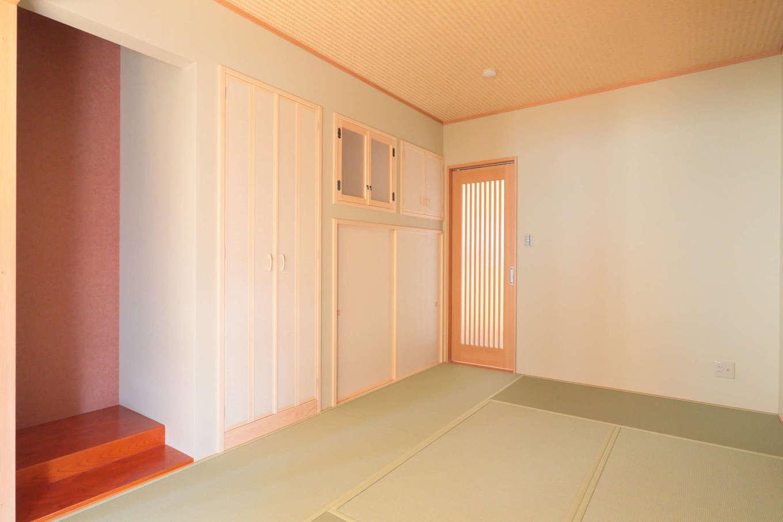 吉川住建【和風、二世帯住宅、自然素材】玄関ホールから直接アクセスできる親世帯の和室