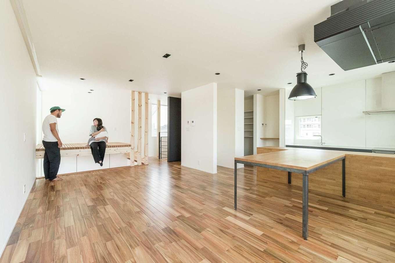 R+house静岡葵・静岡駿河(住宅工房コイズミ)【デザイン住宅、子育て、建築家】2階はワンフロアで見渡せるLDK