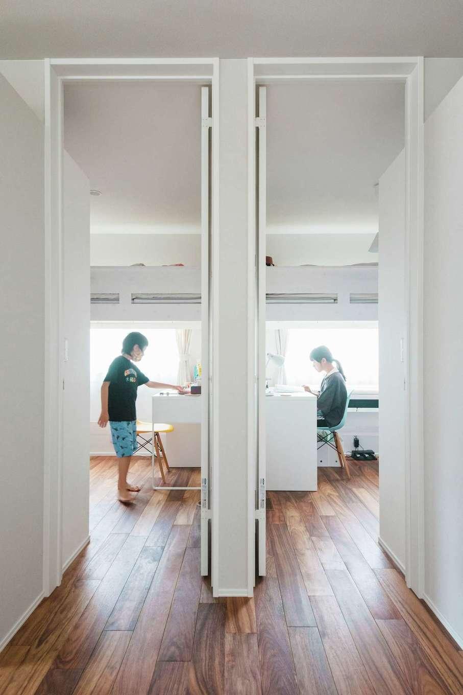 ワンズホーム【デザイン住宅、建築家、平屋】最初から2つに分けている子ども部屋。必要十分な広さで子どもたちのプライバシーも確保