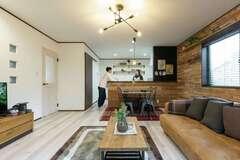建てるときも、建てた後もゆとりがある ヴィンテージスタイルのおしゃれな家